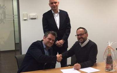 Royal Friesland Campina and AM-IT services tekenen project management deal